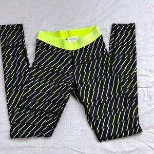 🌻 Nike pro neon yellow leggings